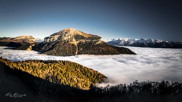 Chamechaude au dessus des nuages
