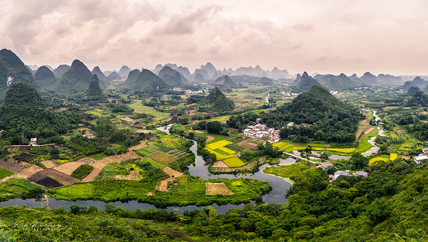 Wuzhishan scenery