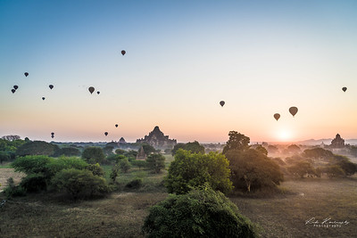 Hot air balloon above Bagan