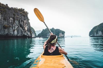 kayak in Lan ha bay