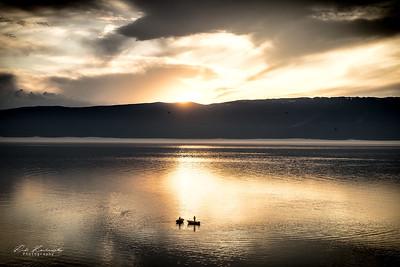 Couché de soleil sur le lac baikal
