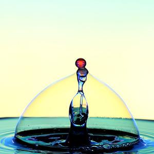 Druppels in zeepbellen