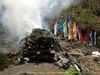 Cremation ceremony, Lukla 2800m-Monjo 2900m