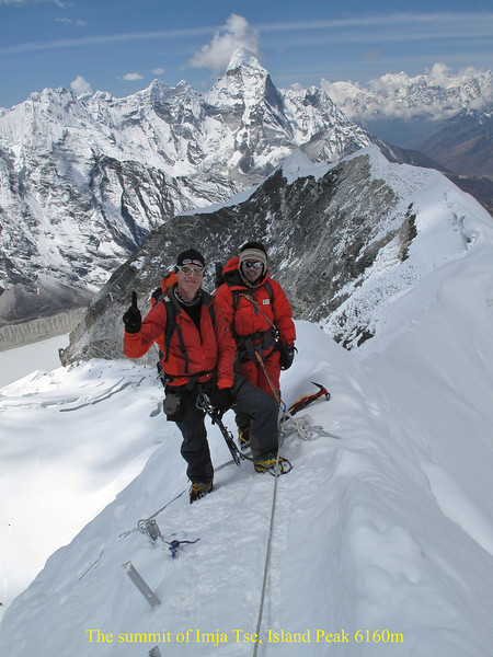 10.22h last ridge to the summit. Ascending Imja Tse, Island Peak 6160m