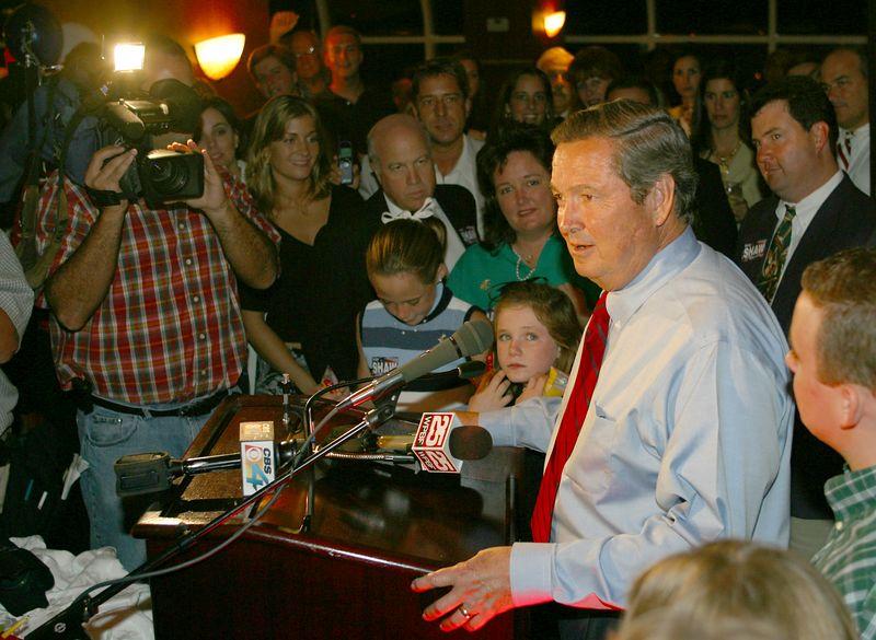 E Clay Shaw Election Night Nov 2002 047