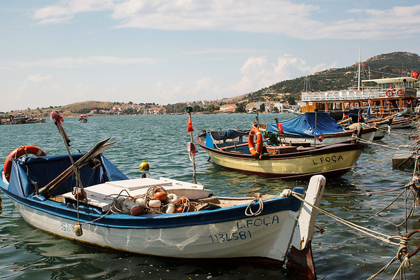 Seaside fishing village on the Aegean Sea: Eski Foça.
