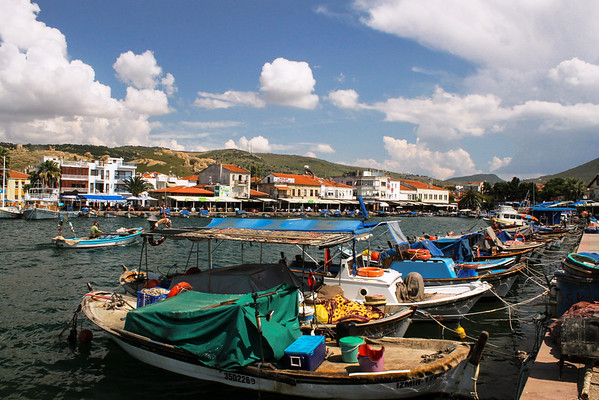 Seaside fishing village on the Aegean Sea: Eski Foça