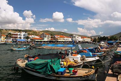 Seaside fishing village on the Aegean Sea: Eski Foça