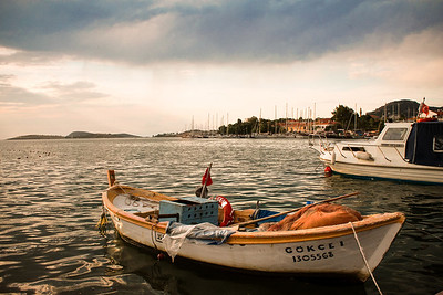Seaside fishing village on the Aegean Sea: Eski Foça.