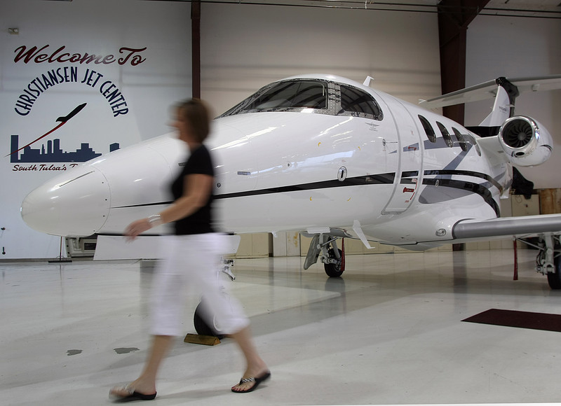 Executive AirShare has increased it's fleet of aircraft with the addtion of an Embraer Phenom 100 and 300 Jets.  The Embraer 100 is seen in the photo