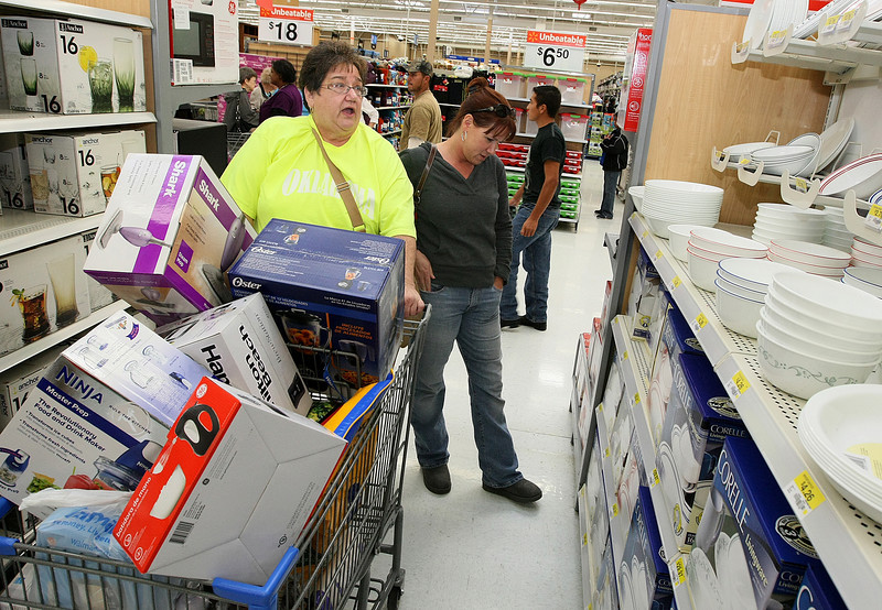 Ann Wustrack and daughter Kim Davis browse the isles of Wal Mart on Black Friday last year. FILE PHOTO BY MAIKE SABOLICH
