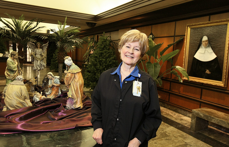Jan Ramsdell supervisor of Mercy Health Center's evening trail line. PHOTO BY MAIKE SABOLICH