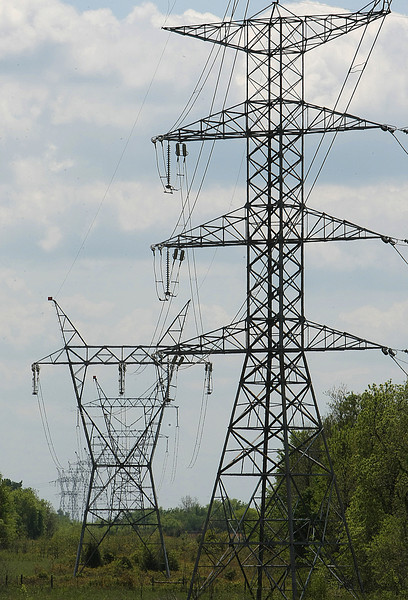 The Federal Energy Regulatory Commission (FERC) approved a new method of sharing costs for new electric transmission in the region.