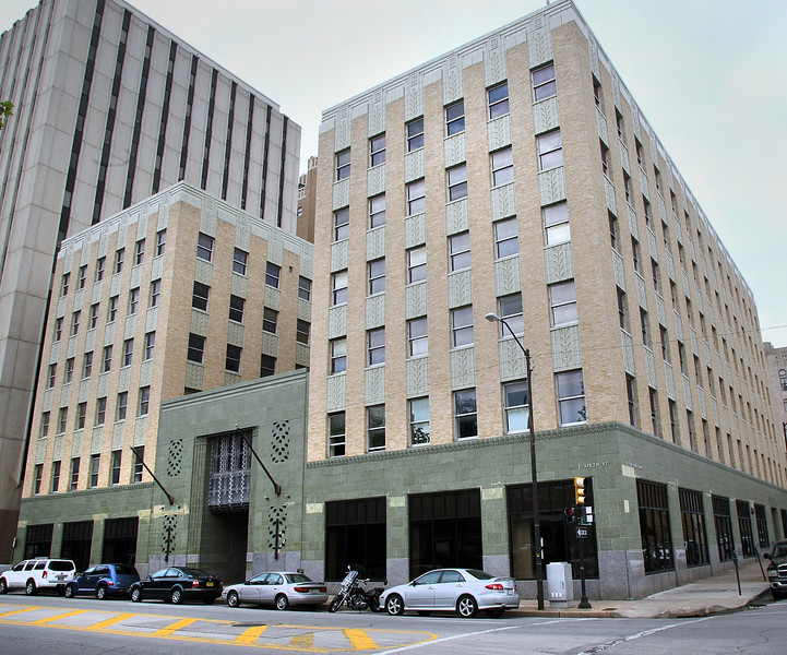 River City Development  announced plans to convert the building at Sixth and Cincinati in downtown Tulsa into condos for sale.