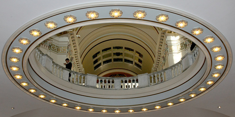View onto the fourth floor rotunda at the State Capitol on the last day of session. PHOTO BY MAIKE SABOLICH