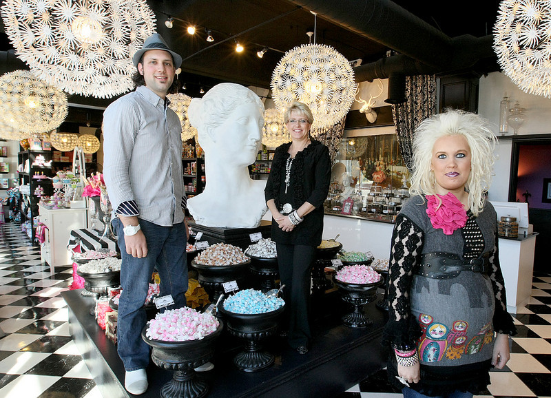 Jonathan Jantz, Cher Casso and Christa Jantz with Pinkitzel Cupcakes & Candy in Bricktown. PHOTO BY MAIKE SBAOLICH