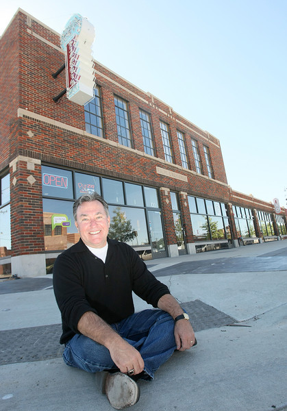 Chip Fudge, film row developer, in front of Joey's Pizzeria. PHOTO BY MAIKE SABOLICH