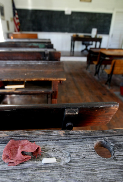 School desk at the Harn Homestead. PHOTO BY MAIKE SABOLICH
