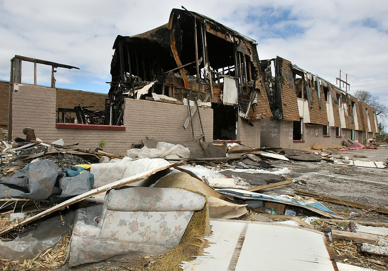 Site of a recent fire at the abandoned Eagle Point apartments in Del City. PHOTO BY MAIKE SABOLICH