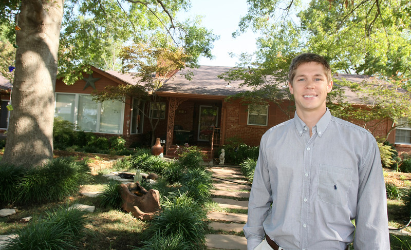 Roderick Hands rents out local houses for OU or OSU games.  This house is on 425 Macy in Norman.  PHOTO BY MAIKE SABOLICH