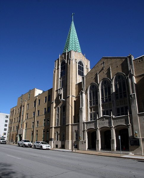 The First Baptist Church in downtown Tulsa.