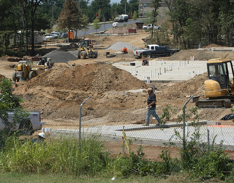 A new Case and Associates apartment complex is being constructed in West Tulsa.
