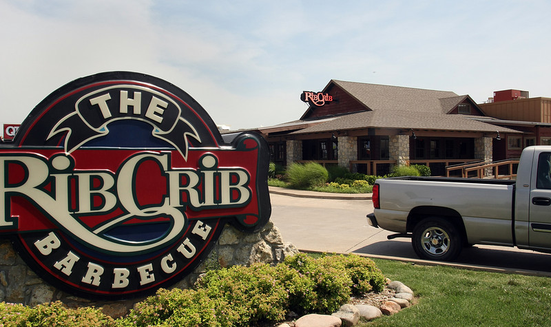 Springfield, Mo., real estate investor Thomas Strong has made his first Tulsa area purchase, paying $1.14 million for Owasso's Rib Crib located at 85551 N 129th St..