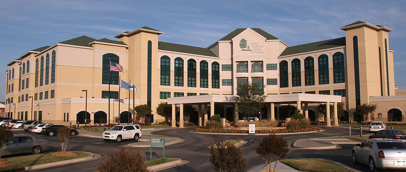 The Cancer Treatment Center in Tulsa's main entrance.
