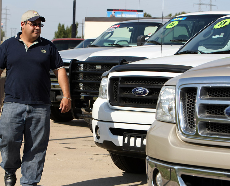 Ted Massad at the CNG Oklahoma Autosales lot in Tulsa.