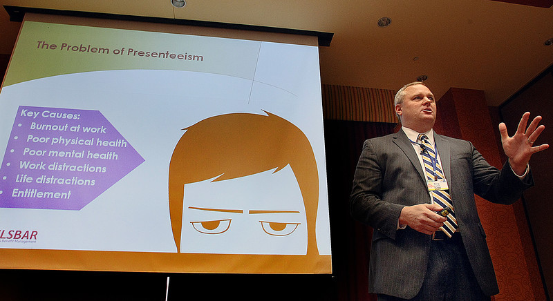 """Doug Layman gives his presentation on HR leaders creating a """"Best Place To Work Company"""" at the Oklahoma Human Resources State Conference in Tulsa."""