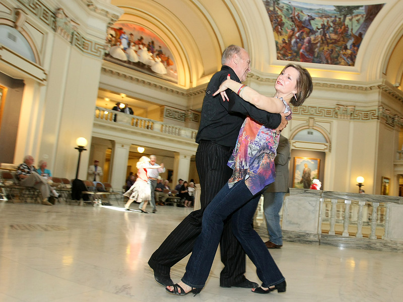 Carolyn Smith and Bill Hendricks dance to Bob Wills music at the Capitol Wednesday. PHOTO BY MAIKE SABOLICH