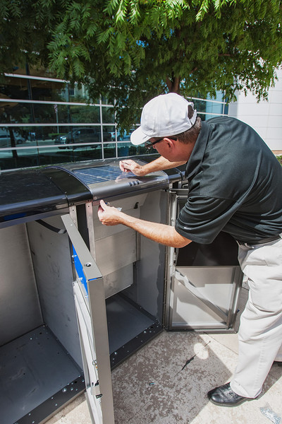 The city of Oklahoma City has installed 5 Big Belly Solar trash cans. The recepticals compact trash saving the amount of trips the city has to make to empty the trash. Tim Carlisle, with Big Belly Solar, was on hand to over see proper instalation.