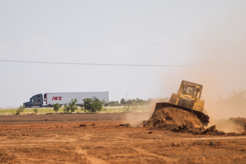 Construction is underway at a new Haliburton facility located near El Reno, just west of Banner Road between I40 and Highway 66.