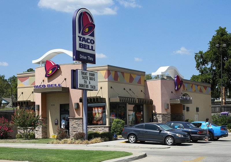 The Taco Bell at 305 W 2nd Street in Sand Springs.