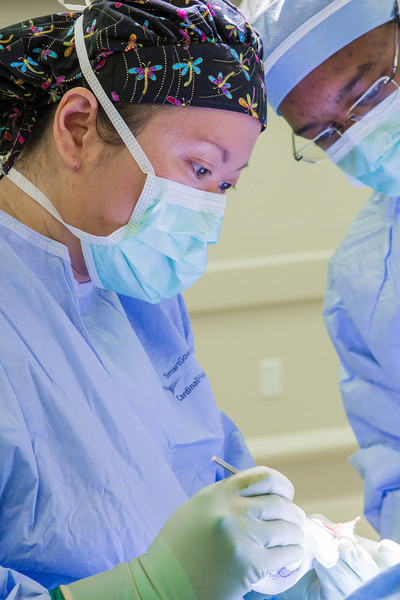 Dr Betty Tsai performing surgery at the OU Surgery Center. Dr Tsai is being asisted by surgical resident Adam Johnson.