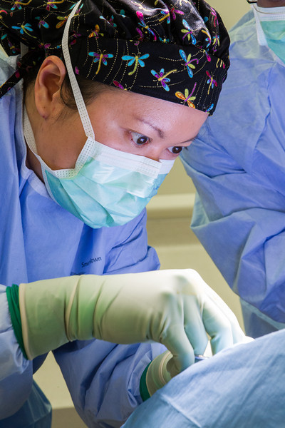 Dr Betty Tsai performing surgery at the OU Surgery Center.