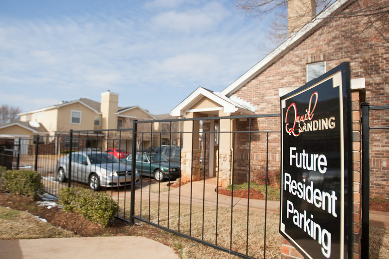 Quail Landing Apartments, located next to Quail Springs Mall on May