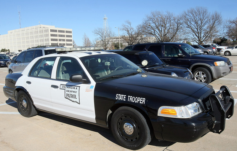 Oklahoma State Trooper parked in front of Capitol.  PHOTO BY MAIKE SABOLICH