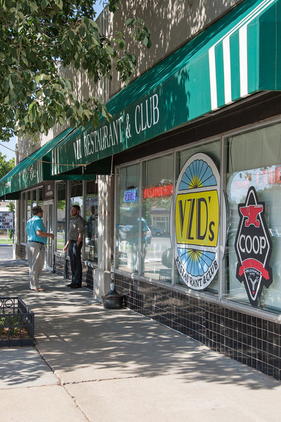 Buisness at 4200 Western Avenue, including VZDs and Eden Salon, are part of the Western Avenue buisness improvement district, or BID for short.