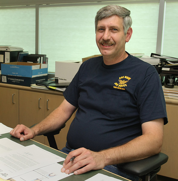 Sam Cirri, President TWU Local 514 in Tulsa, works to ratify Americans Airlines latest offer.
