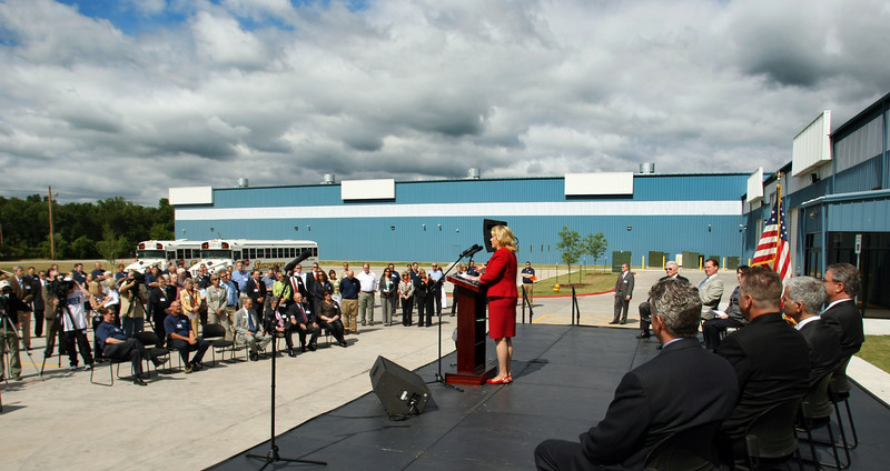 Governor Mary Fallin speaks at the ribbon cutting ceremony of the companies new Star Center Tube manufacturing facility.