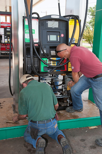 At the Murphy gas station at NW 164th and Western fuel pumps are being replaced with easy to use pumps. New pumps will have fewer nozzles and pump pure gase and ethonal blends through one nozzle.