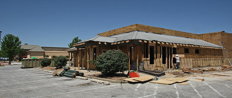 The former Lone Star Steakhouse at I-44 and 51st Street sold in December for $825,000 to Vaughn Investment LLC of Tulsa. The property is currently under renovation for a dermatology practice.