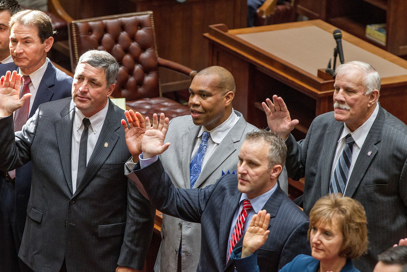 Members of the Oklahoma State Senate were sworn in by justice Stephen Taylor in a cerimony held November 14th.