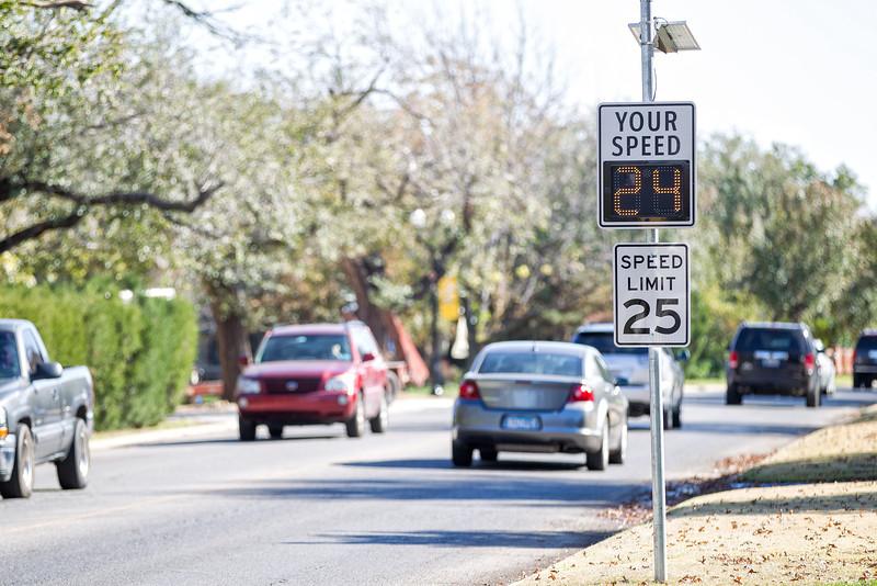 A speed limit sign in Nichols Hills.