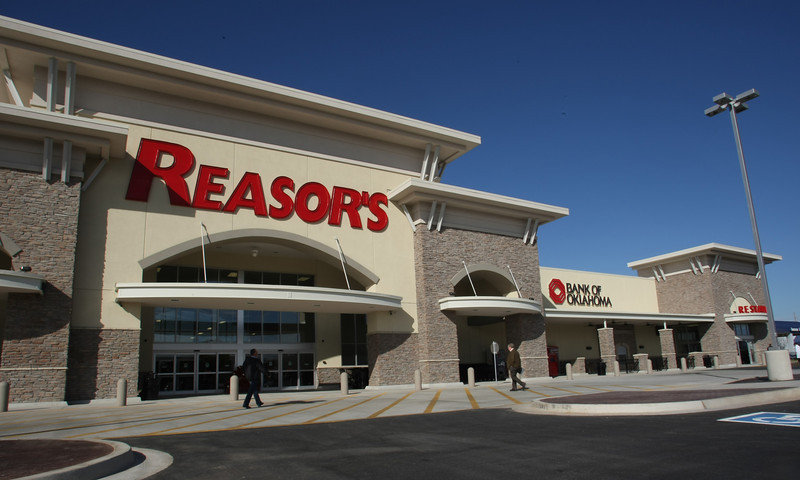 Oklahoma's newest Reasors grocery store in Bixby.