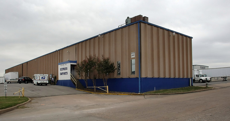 Express Imports recently sold its  43,760-square-foot warehouse at 6902 E. 11th St. in Tulsa to A Specialty Box LL.for $1.2 million.