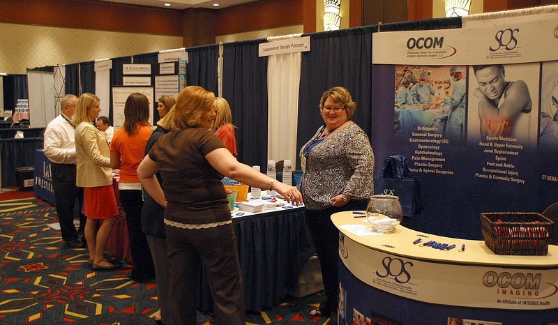 Attendees visit with vendors at the Oklahoma Self Insurers Association's state convention in Tulsa