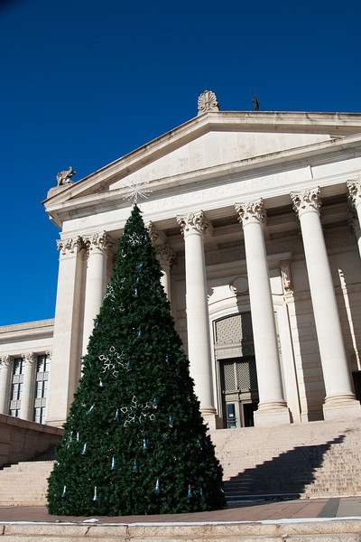 The Christmas tree at the Oklahoma State Capitol.