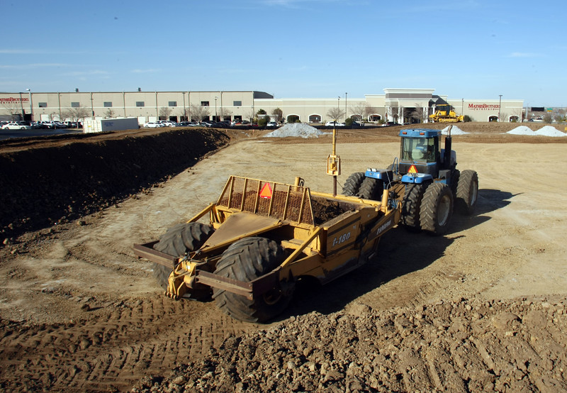 Earth moving equipment prepares the sight for a future Hahn Appliance Center near 71st & Hwy 169 in Tulsa.